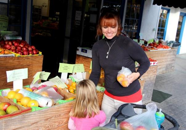 LA Fitness Member Joey grocery shopping