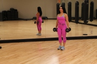 Galie-doing-dumbbell-lunge-3