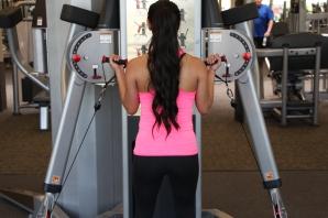 Nico Performing Bicep Curl at LA Fitness - 2