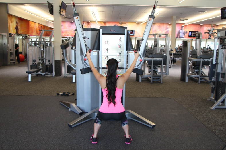 Nico Performing Row to Squat at LA Fitness - 4