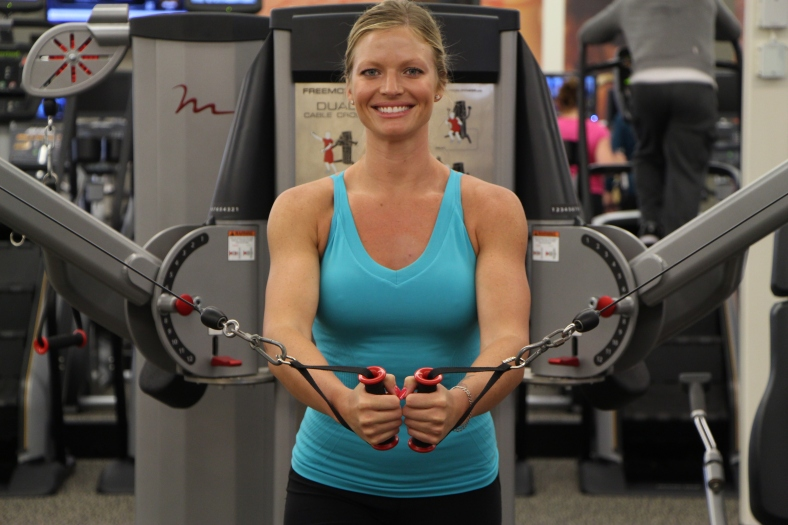 Danica working out at LA Fitness to get ready for summer (4)