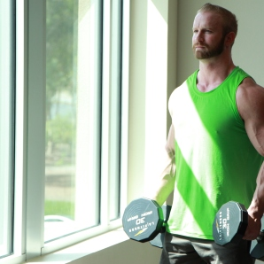 Kevin beach Bicep workouts at LA Fitness (2)