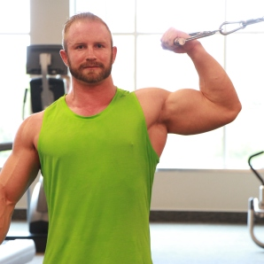 Kevin beach Bicep workouts at LA Fitness (4)