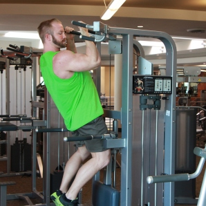 Kevin beach Bicep workouts at LA Fitness (8)