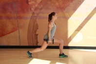 Bethay-doing-dumbbell-reverse-lunge-at-LA-Fitness-3