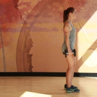 Bethay-doing-dumbbell-reverse-lunge-at-LA-Fitness-7