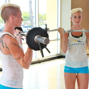 curling bar barbell curls at la fitness (4)