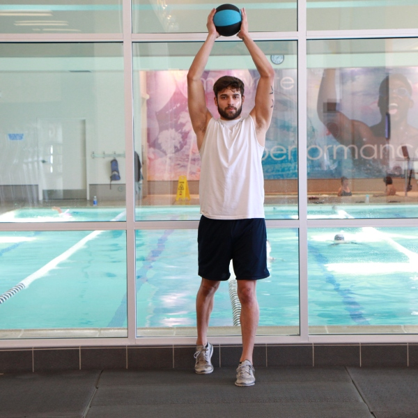 standing crunch with med ball (3)