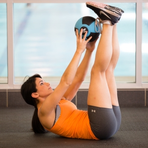 med ball core and ab exercises at LA Fitness JPG_-7