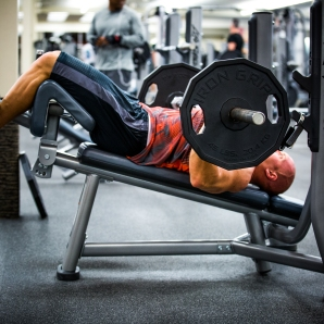 Bench press barbell at LA Fitness with Derek-10