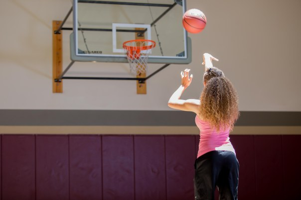 basketball workout at LA Fitness with Catherine-33