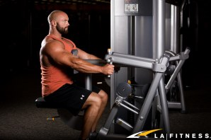 How to use the Row machine at LA Fitness-6