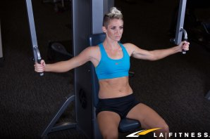 How to use the Chest Fly Machine at LA Fitness (2)