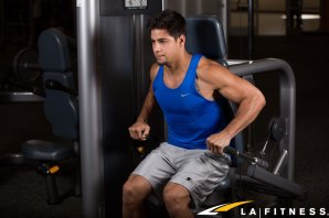 How to use the Dip Machine Machine at LA Fitness (1)
